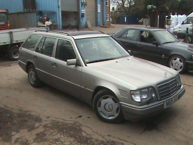 1996 mercedes e300 wagon retro rides for Mercedes benz 1990 e300