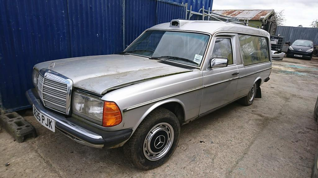 1985 mercedes w123 hearse retro rides for Used mercedes benz hearse for sale